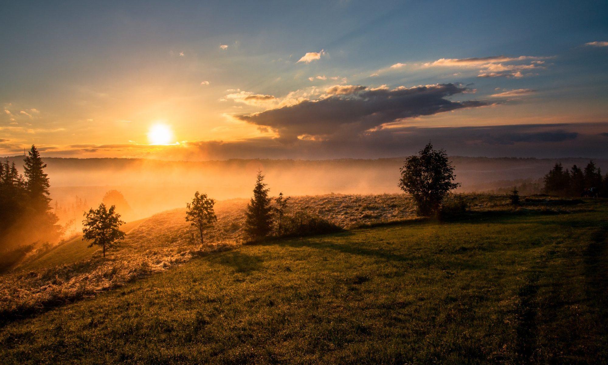 夕暮れ太陽