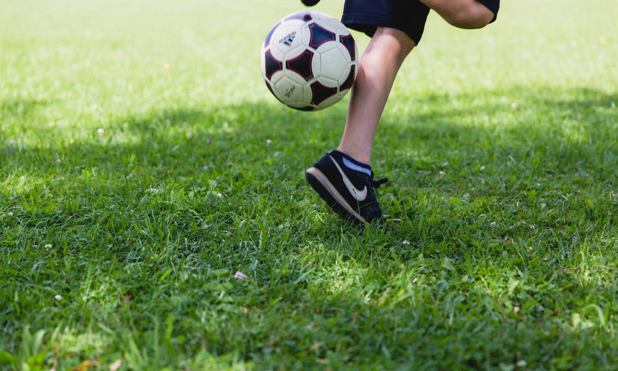 サッカーと少年